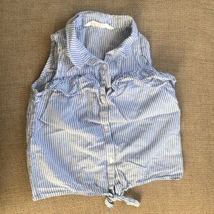 H&M Button Down Shirt Tied on Bottom Size 5-6y